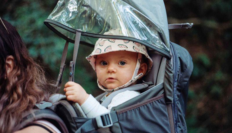 Marsupio ergonomico quale scegliere per la sicurezza del bambino